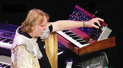 Keyboard wizard is getting caped up to benefit moon bears