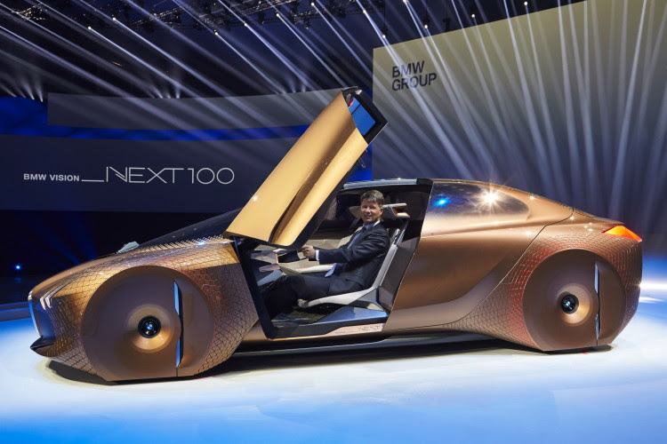 BMW VISION NEXT 100-images-31