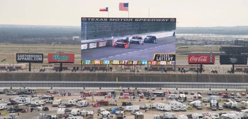 Outside The Box: TEXAS MOTOR SPEEDWAY SETS PLANS FOR FEBRUARY'S 'WORLD'S LARGEST' DAYTONA 500 WATCHING PARTY