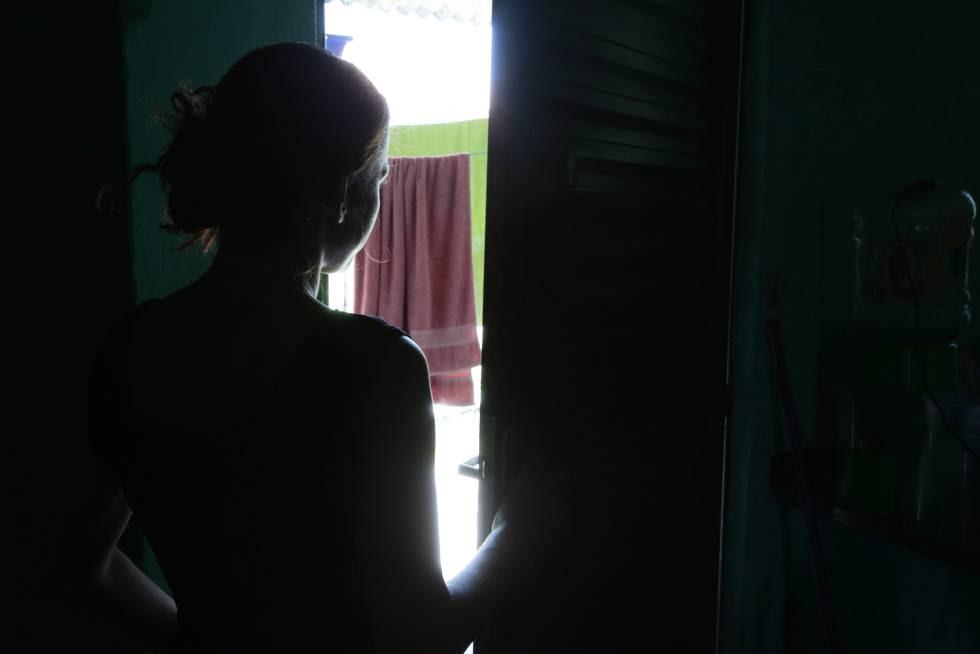 Mais uma vítima de estupro coletivo no Rio.