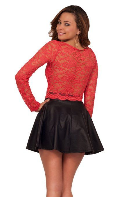 Sexy Long Sleeve Floral Lace Scallop Hem Party Clubwear Round Neck Crop Top: Clothing