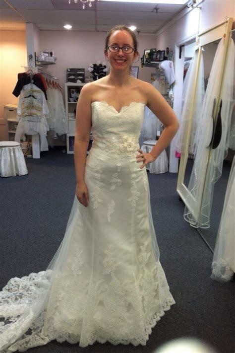 I hate my wedding dress alterations!!