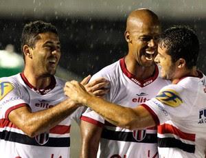 Cris marca para o Botafogo diante do Penapolense (Foto: Thiago Calil/Ag. Botafogo)