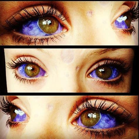 people eyeballs tattooed
