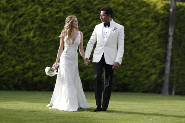 Kenan İmirzalıoğlu ve Sinem Kobal evlendi (FOTO GALERİ)