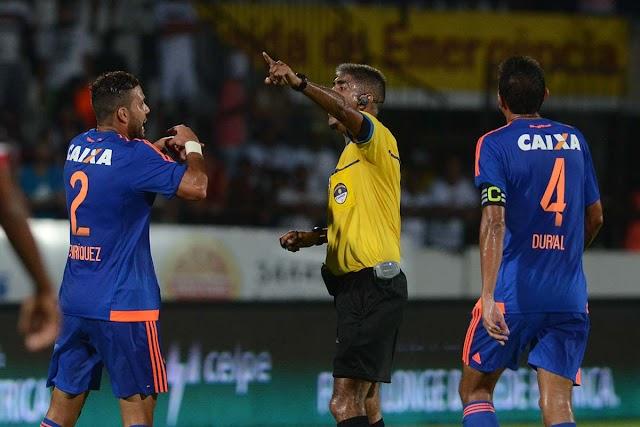 'Voto de confiança' e Leão prejudicado no primeiro jogo da final do Pernambucano