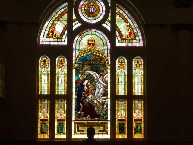 P1080851-2011-03-19-St-Paul-UMC-Atlanta-big-Stained-Glass-Window