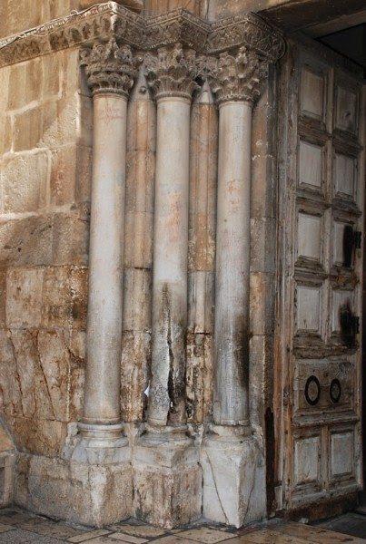 Αποτέλεσμα εικόνας για σχισθείσας κολώνας  Αγίου Φωτός το 1580.