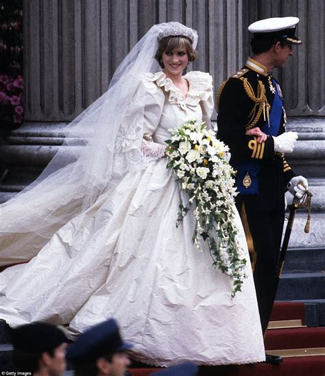 9 Facts You Didn't Know About Princess Diana's Wedding
