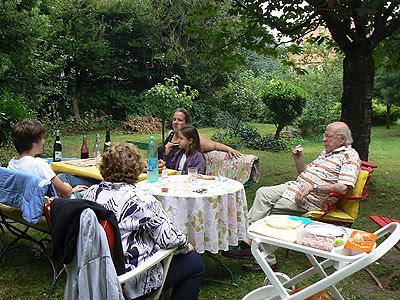 déjeuner au jardin.jpg