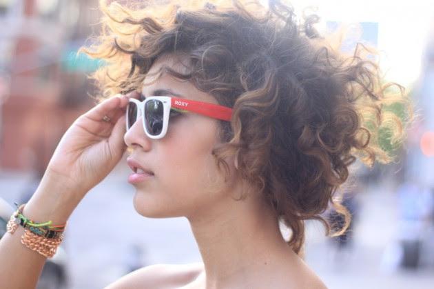 Resultado de imagen de curly hair street style