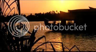 http://i298.photobucket.com/albums/mm253/blogspot_images/Saaya/PDVD_011.jpg