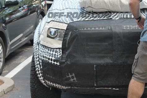 ford ranger raptor spy shots reveal close  details