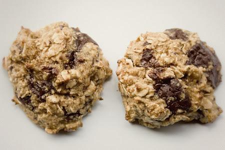 Choc Chunk Peanut Oat Cookie (1)