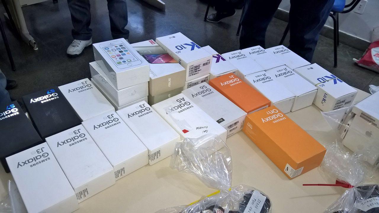 Polícia apreende 200 celulares sem nota fiscal em lojas de Feira de Santana