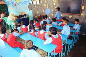 Escuela que promueve la asociación en India.