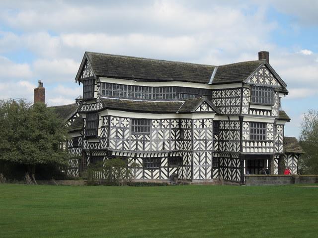 Little Moreton Hall (2)