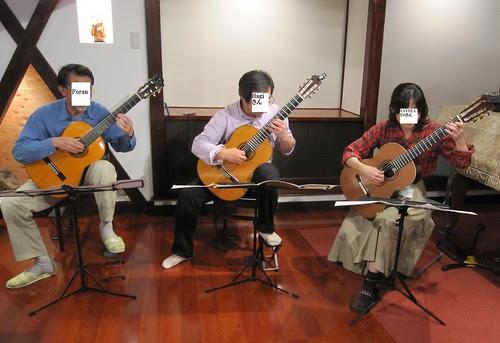 情報交換会での三重奏 2011年10月22日 by Poran111