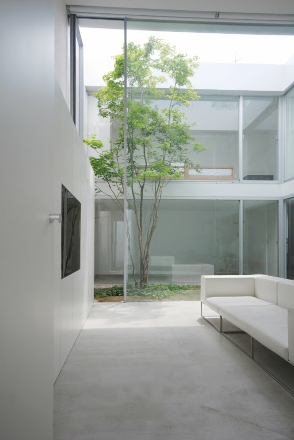 Modern  minimalist  Japanese architecture Cube Court House