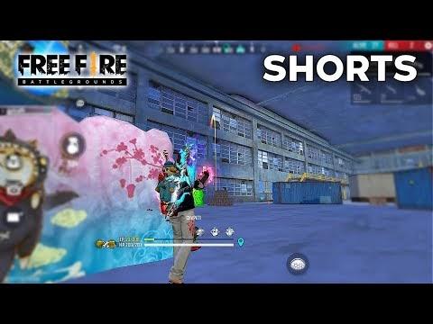 Grenade and AK47 HeadShot Op 1 vs 3 Clutch In Garena Free Fire #Shorts #Short