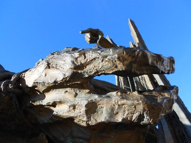 Grossa mano - piccola mano, monumento a Giacomo Matteotti, Augusto Murer, Rovigo