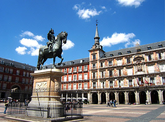 Plaza Mayor de Madrid   Foto de Vutheara (Flickr)