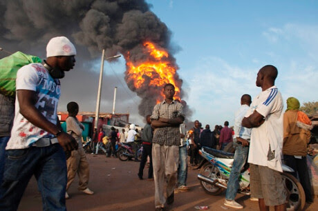 French imperialism is bombing Mali and launching a ground invasion. The World Federation of Trade Unions have denounced the actions of Paris. by Pan-African News Wire File Photos