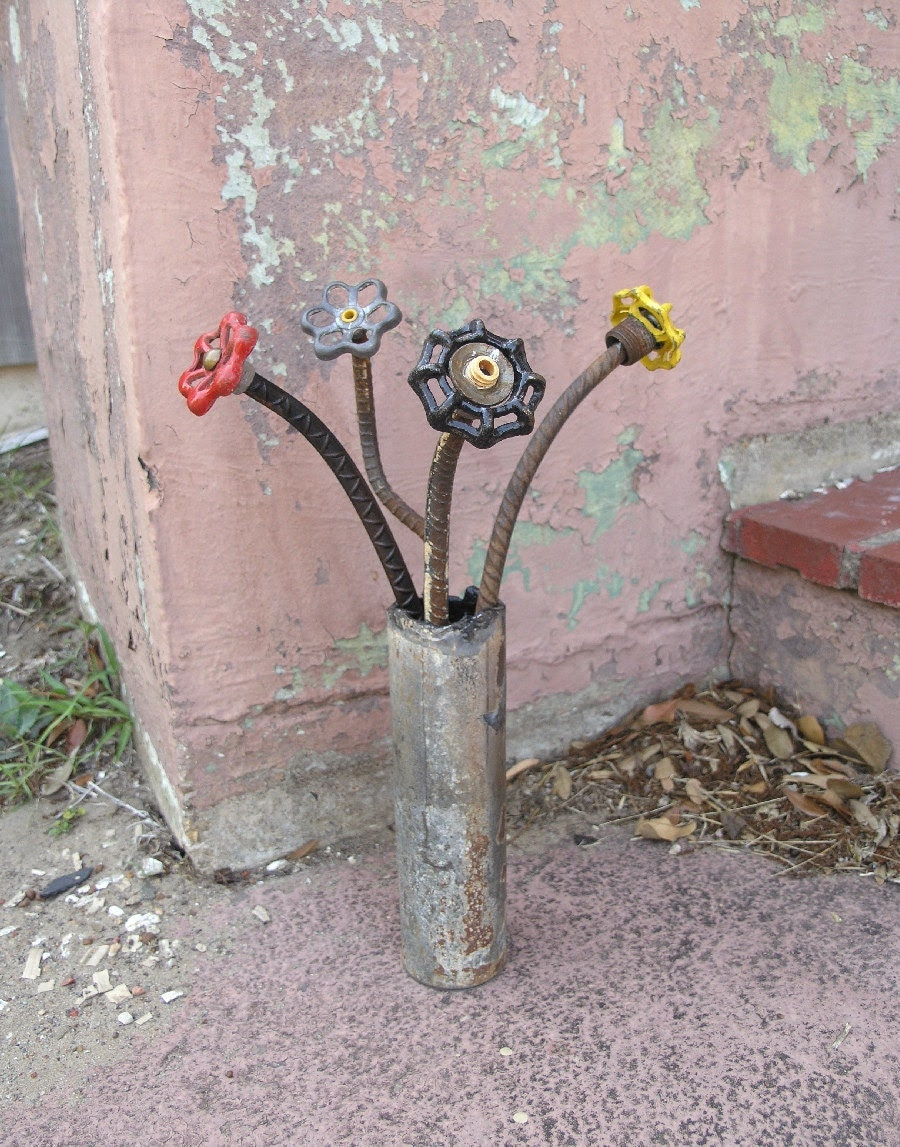 Art Recycled, Metal Flower
