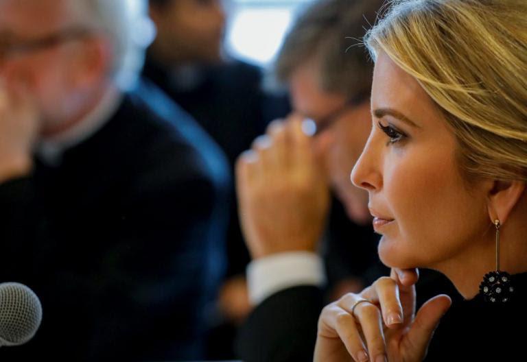 Ιβάνκα Τραμπ: Σάλος με την αποκαλυπτική της εμφάνιση! [pics] | Newsit.gr