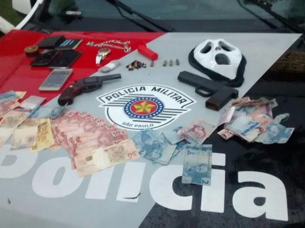 Três são presos por roubo a comércios (Foto: Divulgação / PM)