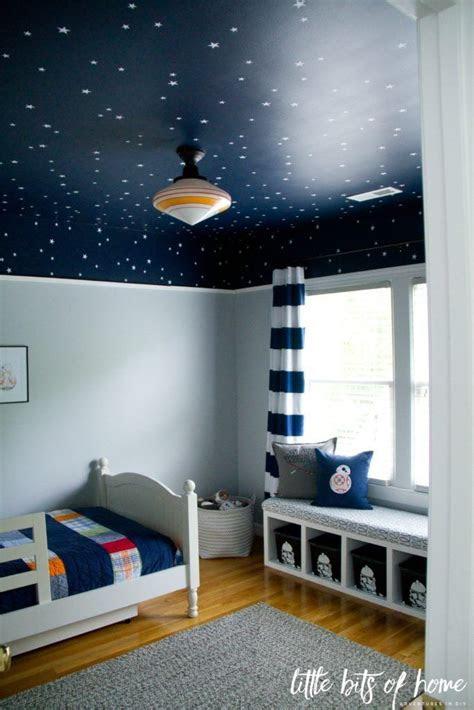 designing boys bedroom interior