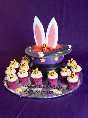 Excellent Magic Cake Magic Themed Birthday Party Birthday Party Ideas Funny Birthday Cards Online Elaedamsfinfo