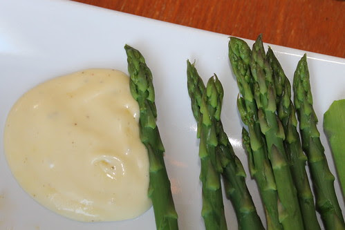 Spring recipe: blanched asparagus with from-scratch aïoli