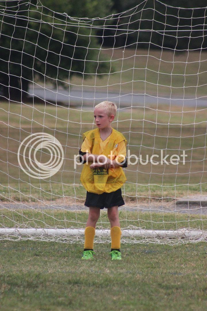 photo soccer23_zpsddc0dbb4.jpg