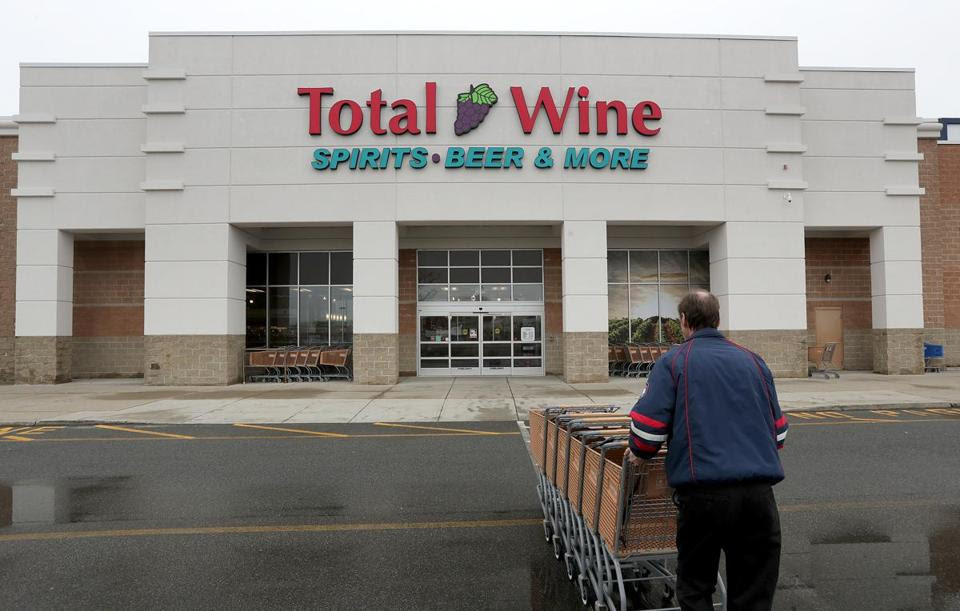 JOHN BLANDING/GLOBE STAFF  Total Wine & More has four outlets in Massachusetts, including one in Everett. Many of its outlets approach 50,000 square feet, or more than the average supermarket.