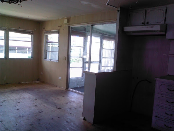 Click The Images to View Larger  EASY FLORIDA LIVINGUNDER A $2000.00