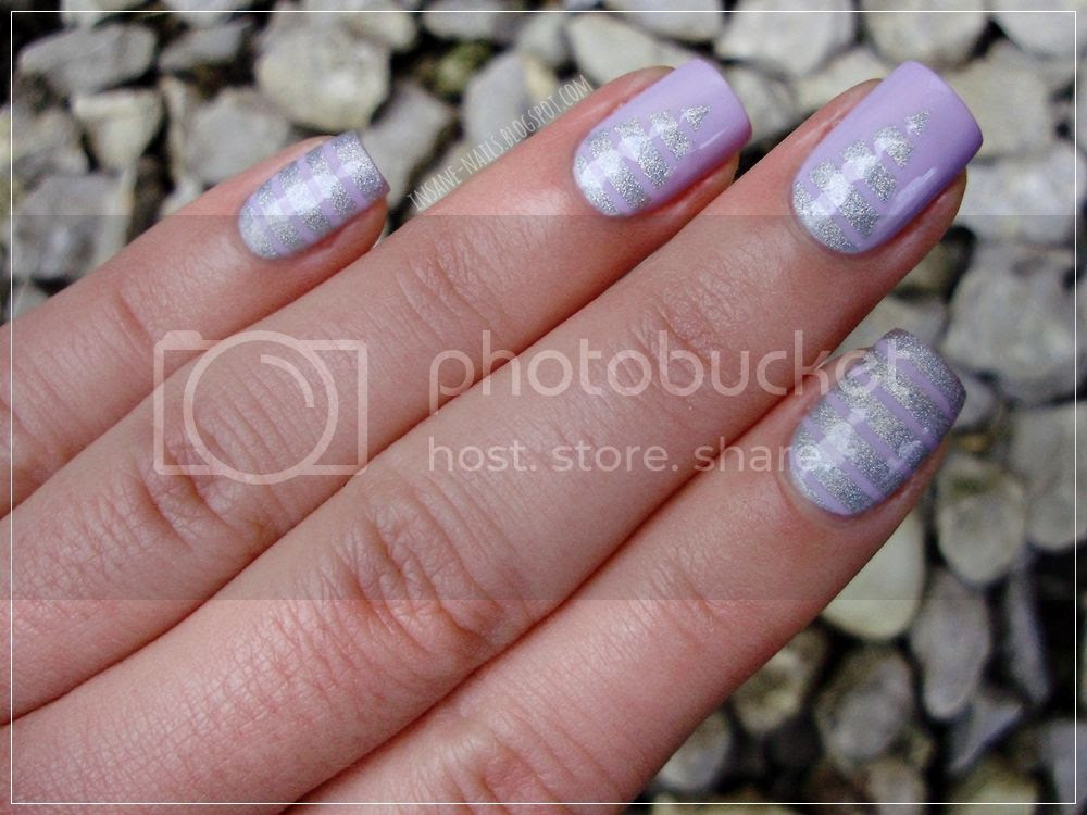 photo matching-manicures-stripes-1_zpspcic9ps5.jpg
