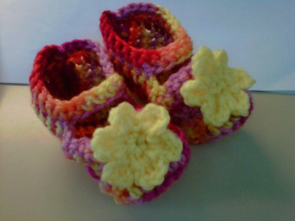 Yellow Bright Flower Mary Jane Booties- size 3-6m