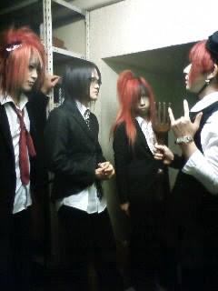 http://stat001.ameba.jp/user_images/20090814/19/bara-kousei/c8/39/j/o0240032010232926210.jpg