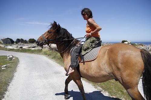 Woman on a horse in Brignogan 3