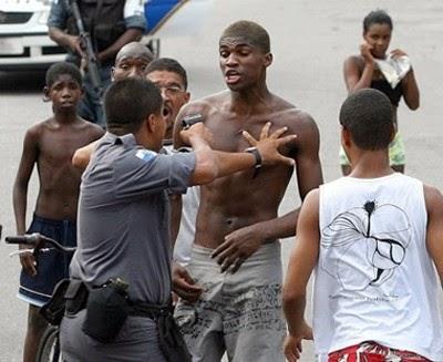 Cor da pele aumenta risco de homicídios no Brasil