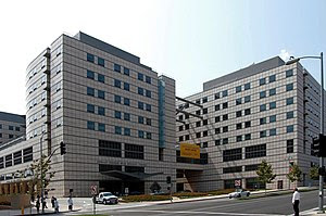 The new UCLA Ronald Reagan Medical Center, fro...