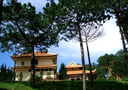 Truc Lam Zen Monastery   _  Dalat - Vietnam 07