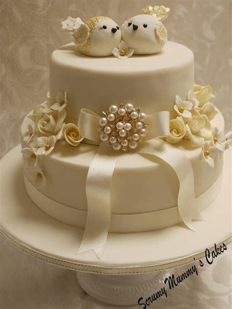 Scrummy Mummy's Cakes: Isobella Golden Wedding Anniversary