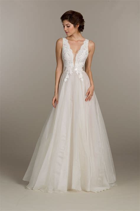 Ivory organza bridal ball gown, Alencon lace bodice with