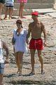 cristiano ronaldo girlfriend beach spain 01