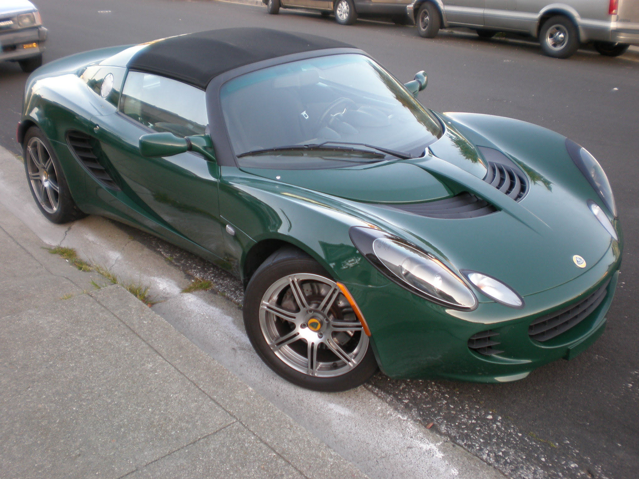 Lotus Elise Review And Photos Images, Photos, Reviews