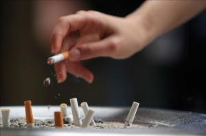 Las autoridades saudíes prohíben fumar en los hoteles. EFE