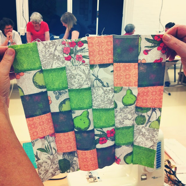 Scrappy Tripalong at the Canberra Quilters Modern Quilt Group