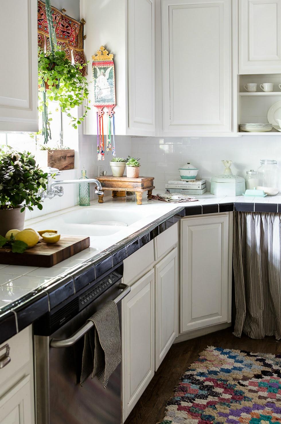 rustic farmhouse kitchen decor - Rustic Kitchen Décor ...